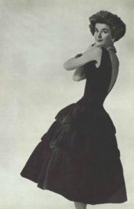 chanel-robe-noire