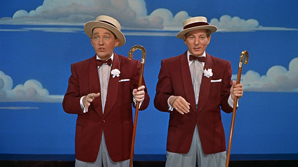 Bing_Crosby_and_Danny_Kaye_in_White_Christmas_trailer_2